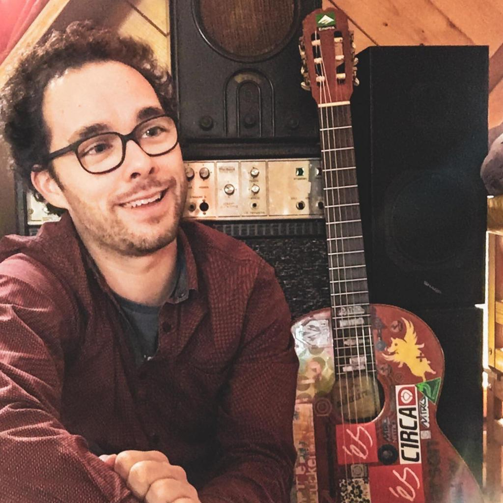 Florijan van der Holz Neujahrsgruß 2020. Florijan van der Holz – Singer-Songwriter Folk-Pop aus Stuttgart